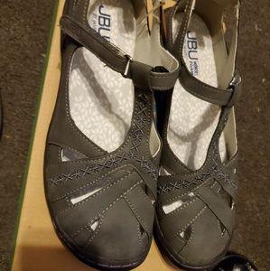 Jambu Charcoal Sandals Size 7 New in Box